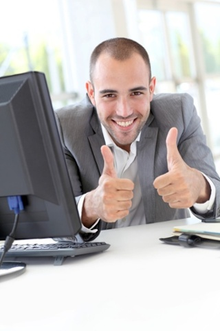 employees-gives-2-thumbs-up.jpg